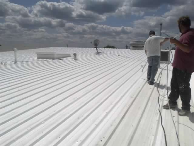 Pressure Washing and Roof Coating of a Commercial Roof